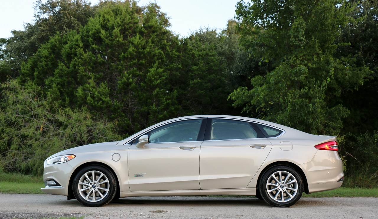 2017 Ford Fusion Energi Platinum Sedan Electric Energy