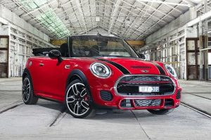 The Jcw Moniker Stands For John Cooper Works A Legendary British Tuning Firm That Has Long Ociation With Iconic Mini Brand