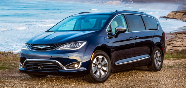 Fca Canada 2018 Chrysler Pacifica Hybrid Earns Today S Pa Roved Seal