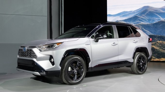 All New 2019 Toyota Rav4 Hybrid The Advanced Compact Suv At An